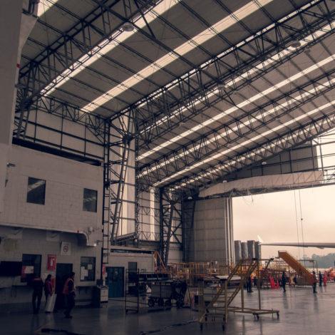 axxis-mantenimiento-avianca-personal-ingenieria-seguridad-colombia-bogota-empresa-foto-galeria-trabajo