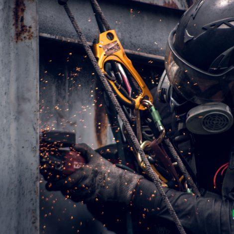 axxis-ingenieria-proyecto-mina-la-chisgua-trabajo-altura-seguridad-industrial-laboral-colombia-trabajoenalturas-puntos-de-anclaje-riesgos-laborales-2019-colombia-photo-2