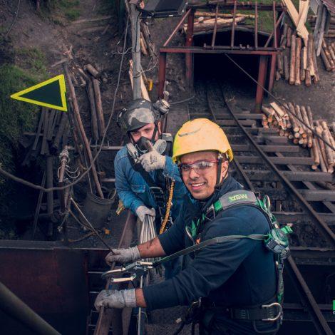 axxis-ingenieria-proyecto-mina-la-chisgua-trabajo-altura-seguridad-industrial-laboral-colombia-trabajoenalturas-puntos-de-anclaje-riesgos-laborales-2019-colombia-photo-5